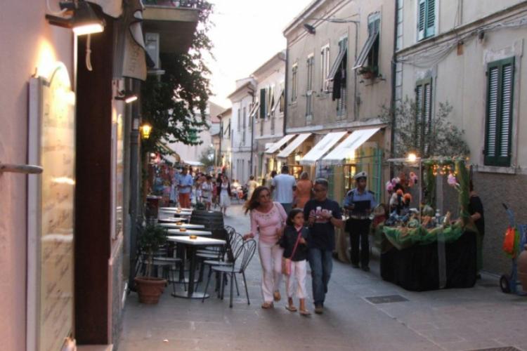 Na uliczkach Capoliveri - zdjęcie Adama