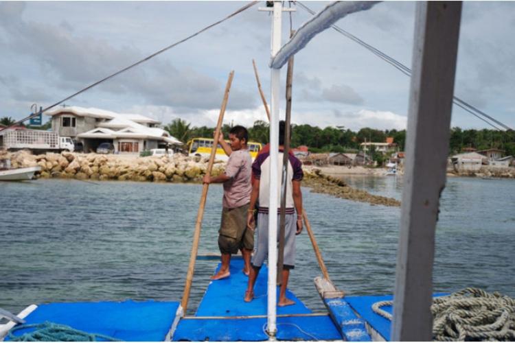 Filipińczycy gotowi do cumowania