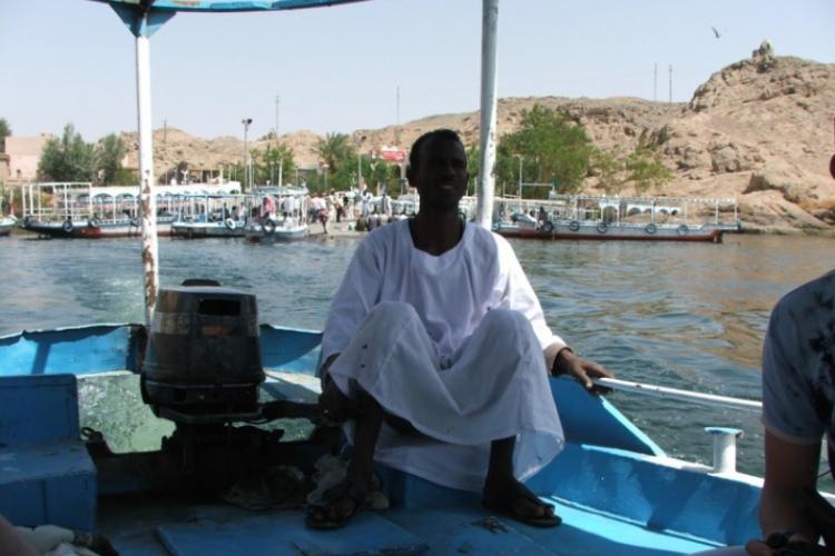 Sternik na łodzi - zdjęcie Adama