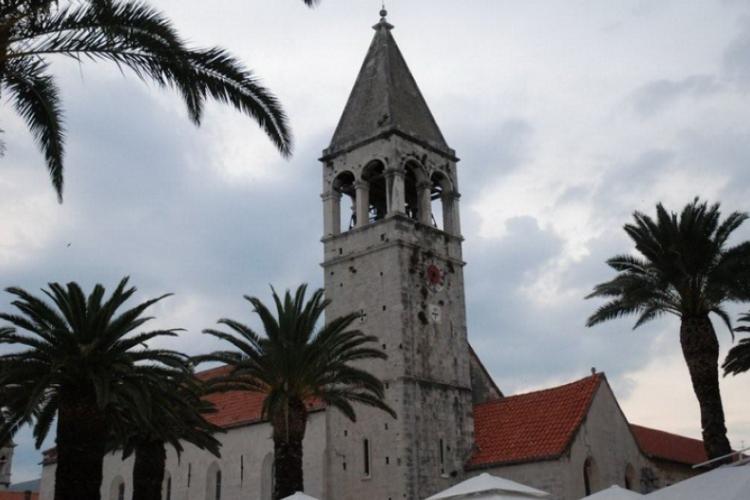 Obrzeża Trogiru, kościół