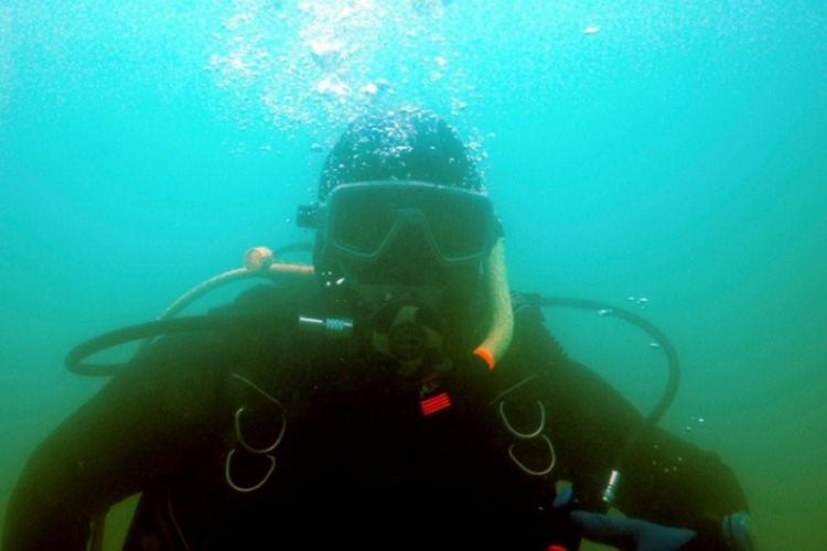 Adam - ostatnie nurkowanie przed pasowaniem