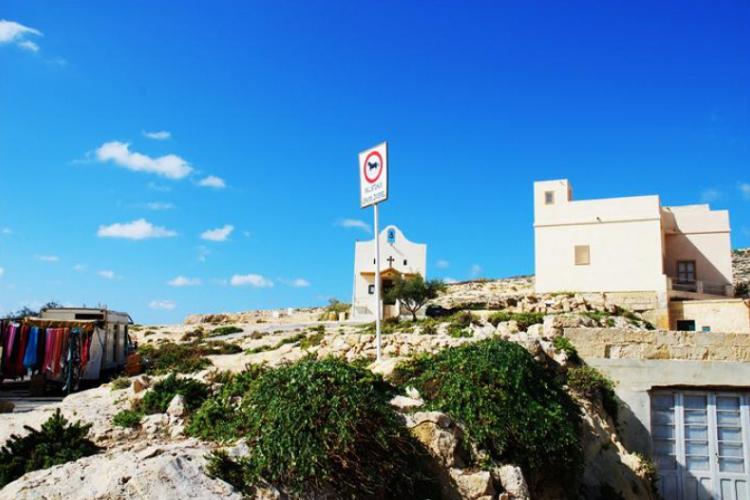 Dwejra Point- kapliczka