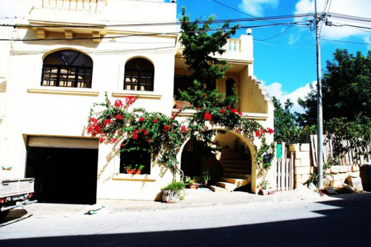 Na Gozo, w uliczce