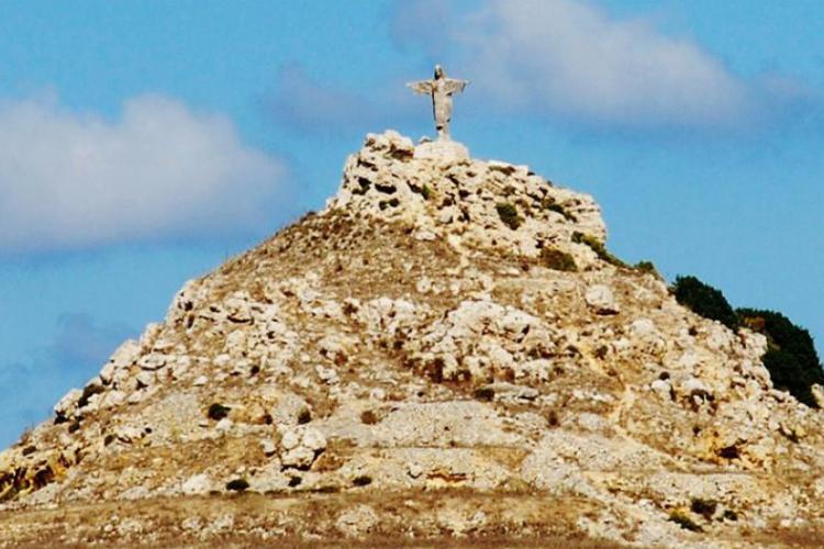 Tas Salvatura - maltańska wersja słynnego brazylijskiego posągu Chrystusa Zbawiciela