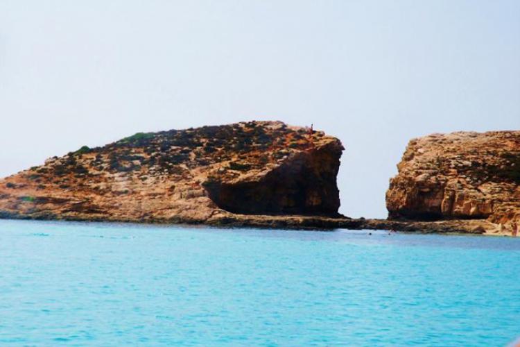Turkus morza na Błękitnej Lagunie- Comino