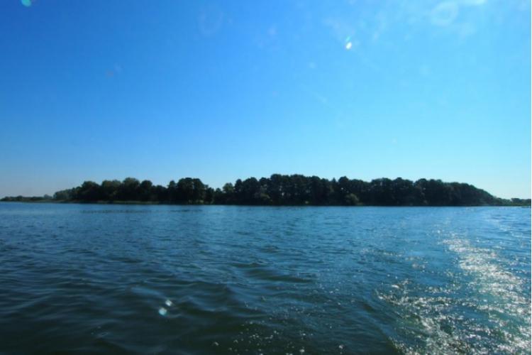 Wyspa Jeziora Lednickiego