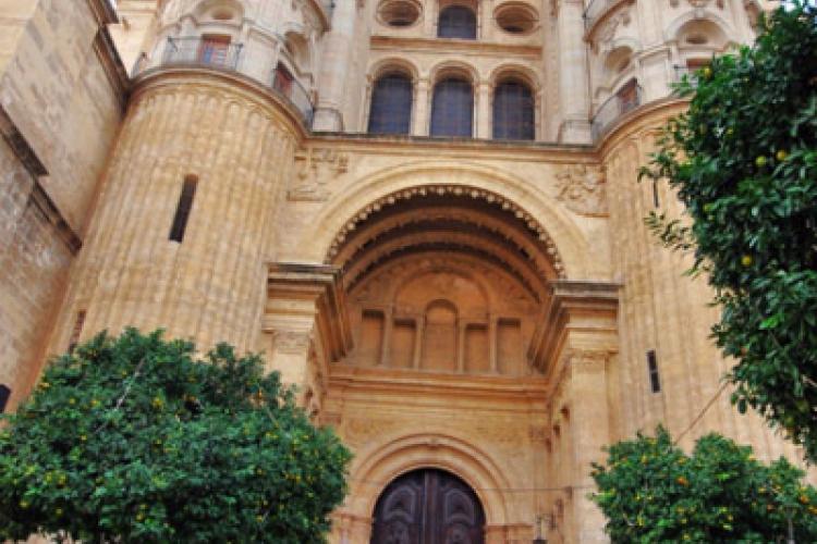 Wejście do katedry w Maladze